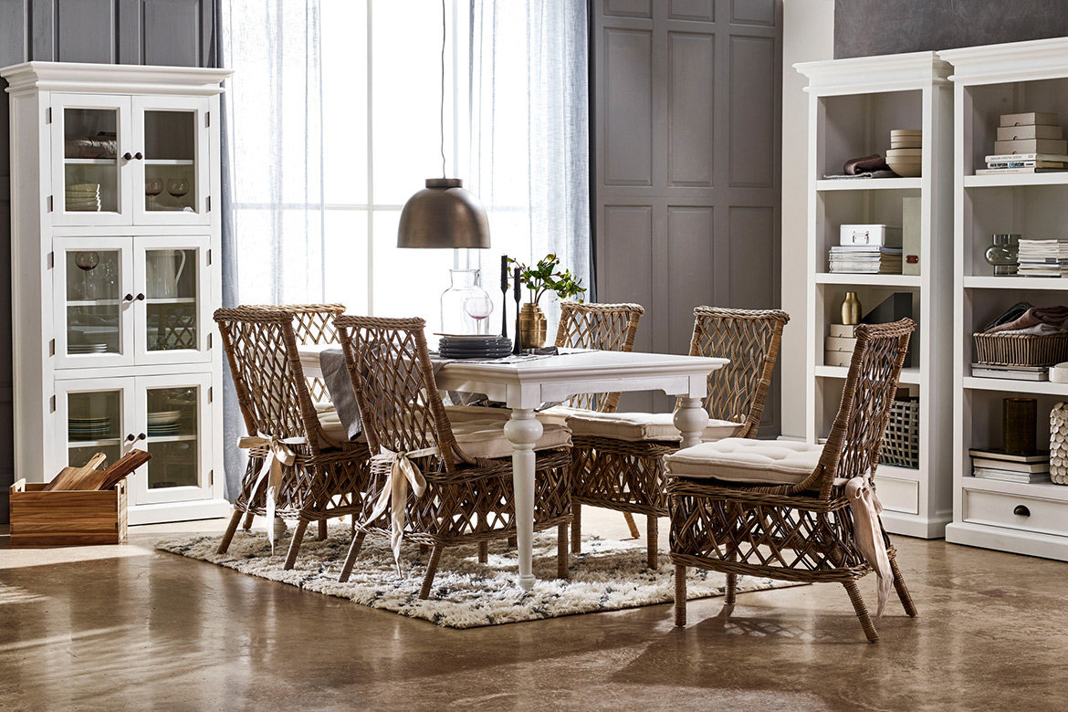 High Quality Furniture Manufacturer,Living Room Furniture, Dining Room Furniture, Console Table, Glass Pantry, Bedroom Storage, Wardrobe, Luxury Furniture, White Furniture, Bedroom Furniture, King Size Bed, Hutch Display Cabinet
